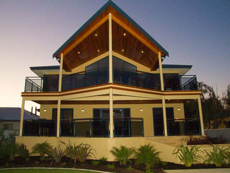 Nautica Lodge - Accommodation Redcliffe