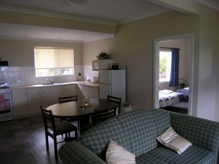 Lilacs Waterfront Villas and Cottages - Accommodation Redcliffe