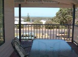Mayflower Bed and Breakfast - Accommodation Redcliffe