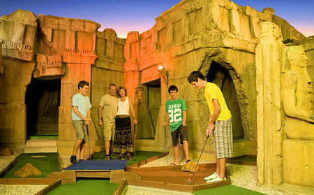 King Tutts Putt Putt - Accommodation Redcliffe