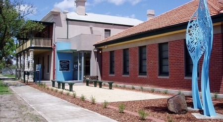 Hunt Club Community Arts Centre - Accommodation Redcliffe