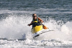 Extreme Jet ski Hire - Accommodation Redcliffe
