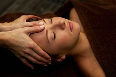 Rejuvenate Salon And Day Spa - Accommodation Redcliffe
