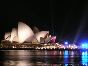 Sydney Opera House - Accommodation Redcliffe