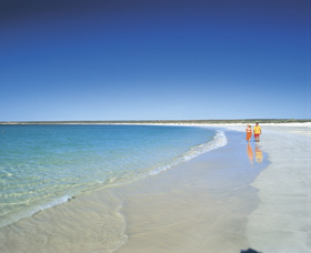 Gnaraloo - Accommodation Redcliffe