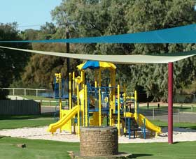Apex Park - Accommodation Redcliffe