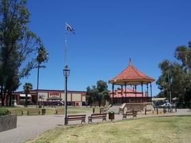 Gladstone Square - Accommodation Redcliffe