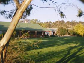 Cardinham Estate - Accommodation Redcliffe