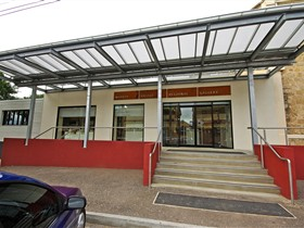 Murray Bridge Regional Gallery - Accommodation Redcliffe