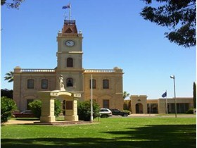 Discovering Historic Kadina Town Walk - Accommodation Redcliffe
