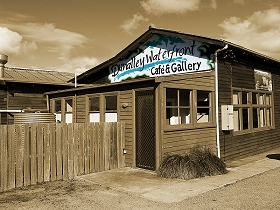 Dunalley Waterfront Cafe and Gallery - Accommodation Redcliffe