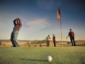Ratho Farm  Golf - Accommodation Redcliffe