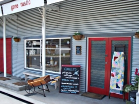 Gone Rustic - Accommodation Redcliffe