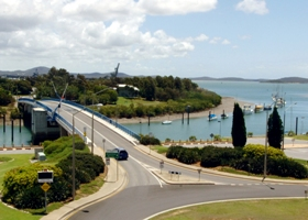 Gladstone Marina - Accommodation Redcliffe