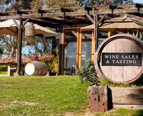 Saint Regis Winery Food  Wine Bar - Accommodation Redcliffe