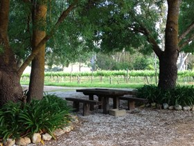 Verdun Park Wines - Accommodation Redcliffe