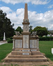 Boer War Memorial and Park Allora - Accommodation Redcliffe