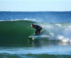 Surfaris Surf Camp - Accommodation Redcliffe