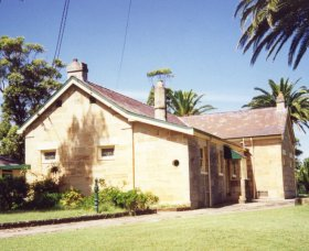 Carss Cottage Museum - Accommodation Redcliffe