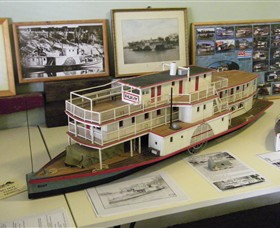 Wentworth Model Paddlesteamer Display - Accommodation Redcliffe