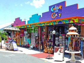 Colour Me Crazy - Accommodation Redcliffe