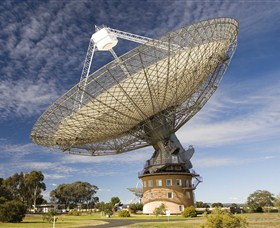 CSIRO Parkes Radio Telescope - Accommodation Redcliffe