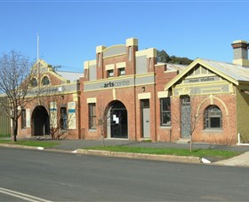 The Arts Centre Cootamundra - Accommodation Redcliffe