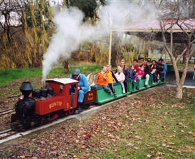 Holbrook Miniature Railway - Accommodation Redcliffe