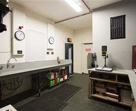 The Fox Darkroom - Accommodation Redcliffe
