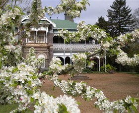 Saumarez Homestead - Accommodation Redcliffe