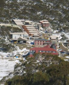 Charlotte Pass and Lookout