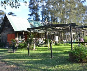 Wollombi Wines - Accommodation Redcliffe