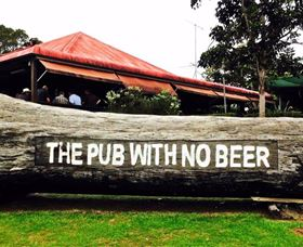 The Pub With No Beer - Accommodation Redcliffe