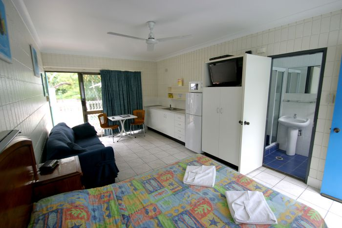 Tropical Palms Inn - Accommodation Redcliffe