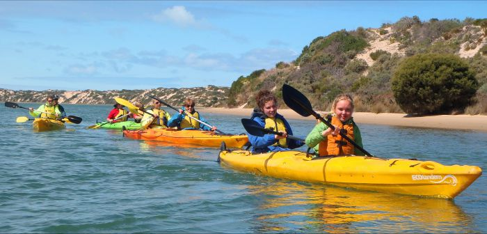 Canoe the Coorong - Accommodation Redcliffe
