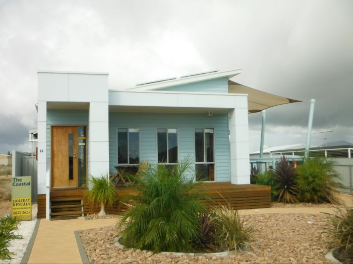 The Coastal - Accommodation Redcliffe