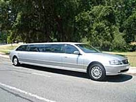 In Vogue Limousines - Accommodation Redcliffe