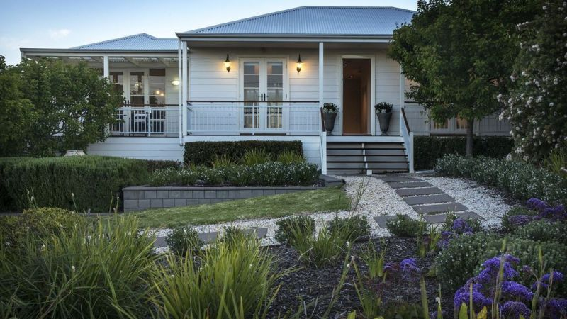The Summer House - Accommodation Redcliffe