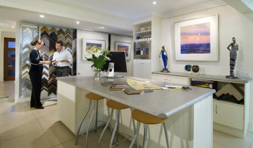 Art Nuvo Gallery - Accommodation Redcliffe