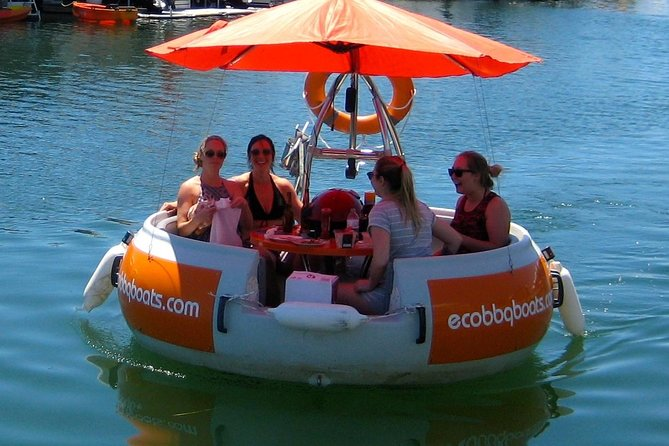 Self-Drive BBQ Boat Hire Mandurah - Group of 3 - 6 people - Accommodation Redcliffe