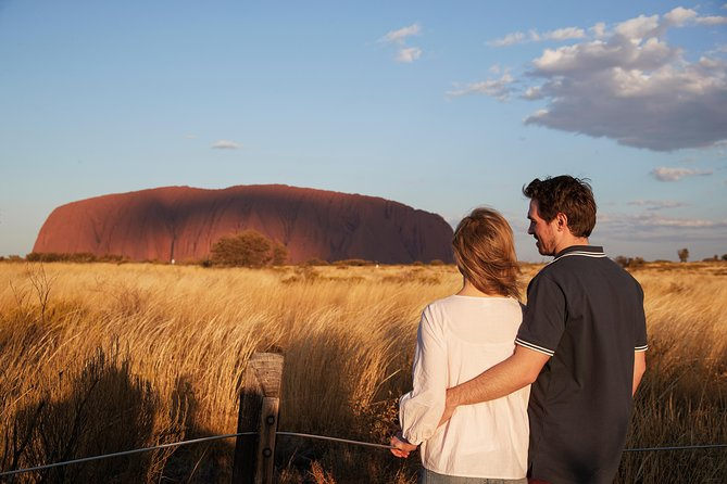 Uluru Ayers Rock Outback Barbecue Dinner and Star Tour