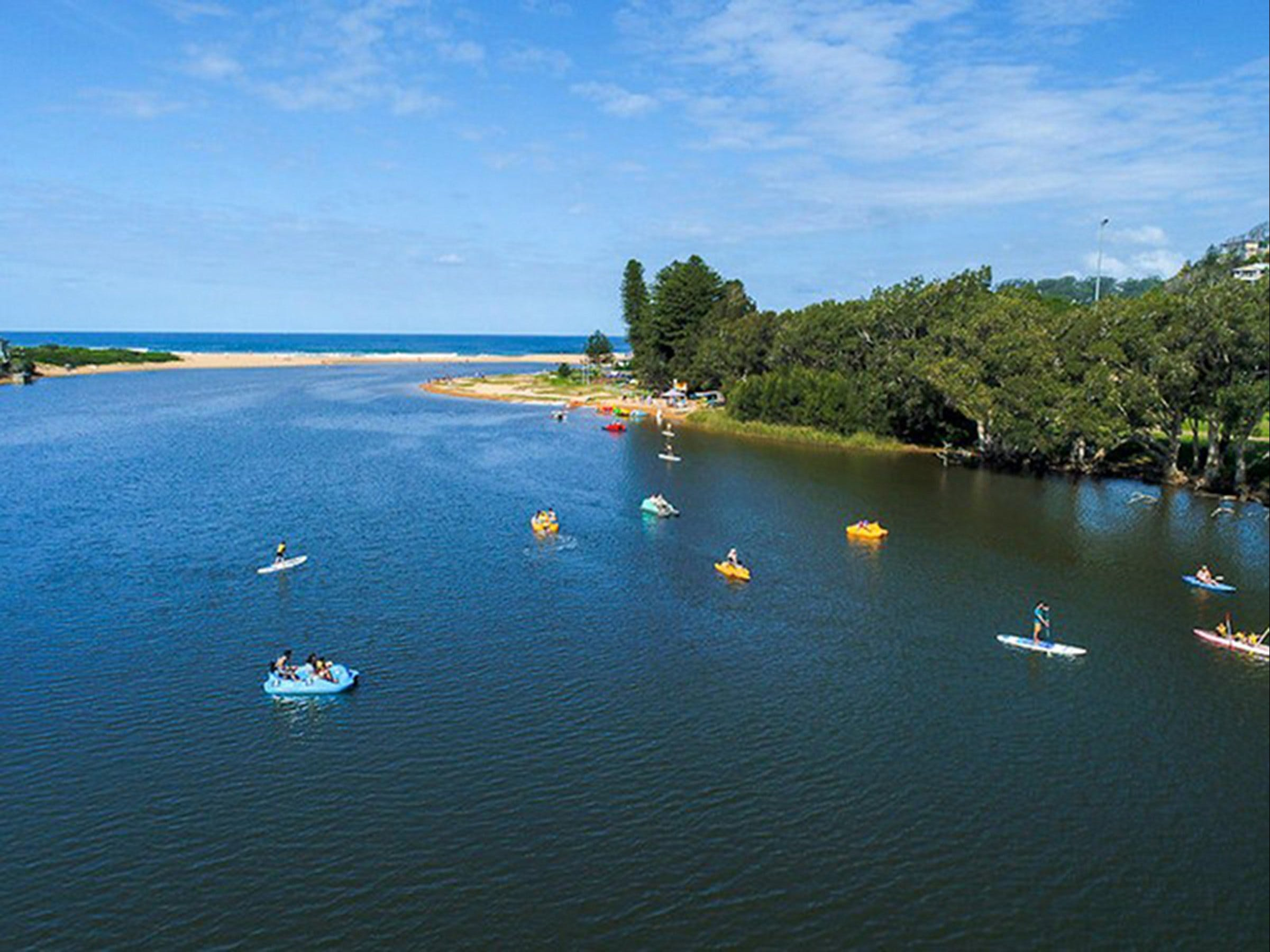Avoca Lake - Accommodation Redcliffe