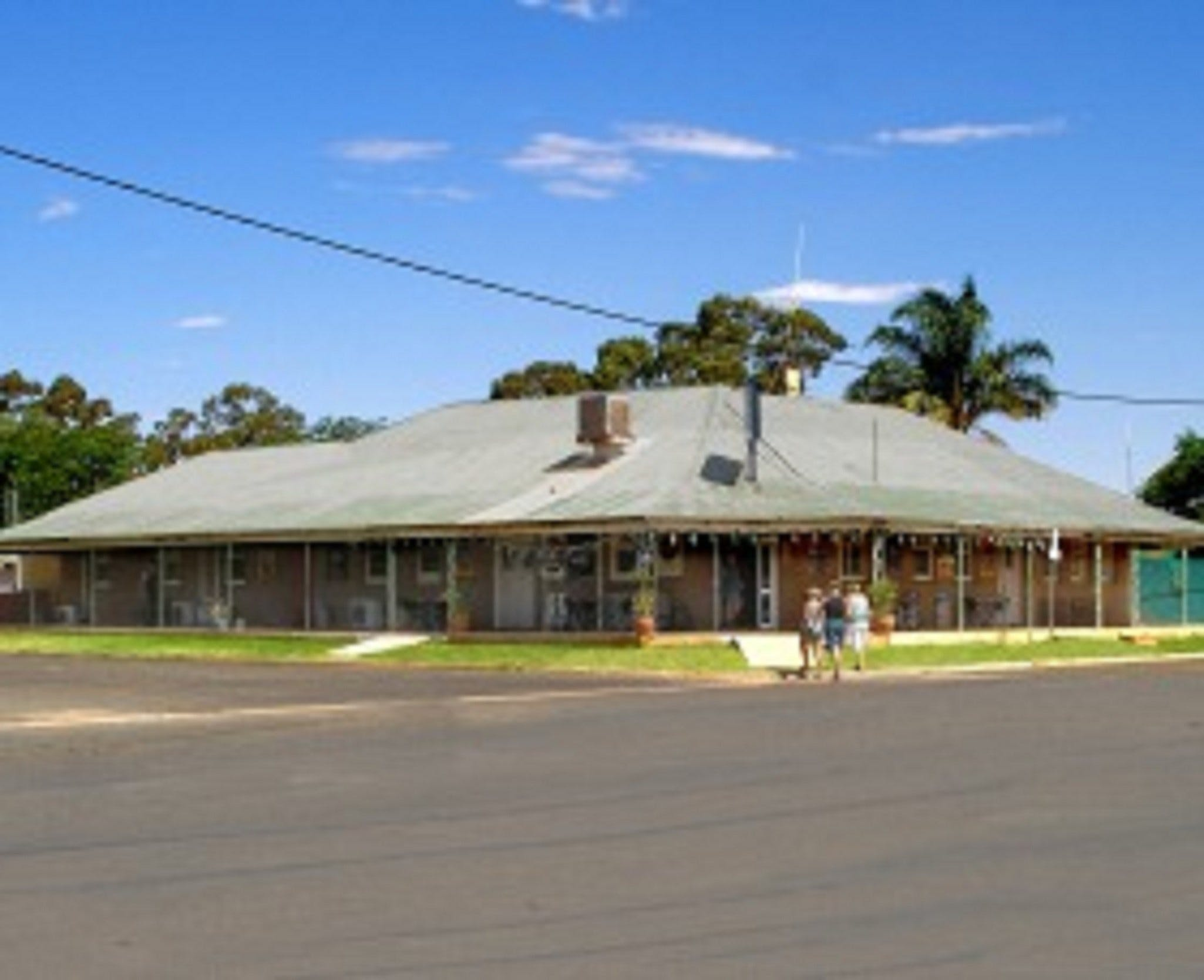 Tullibigeal - Accommodation Redcliffe