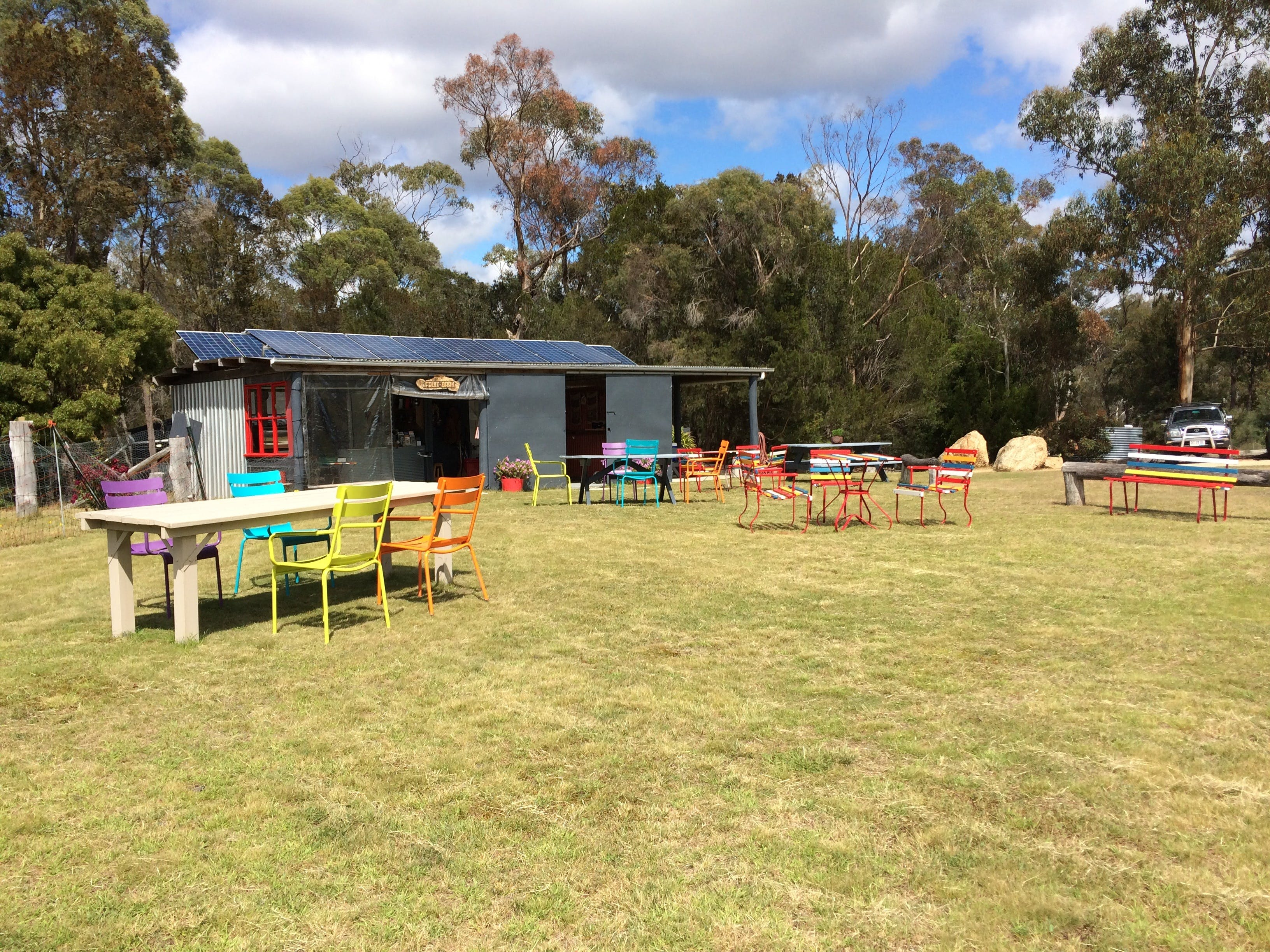 Cerisebrook Orchard and Family Golf - Accommodation Redcliffe