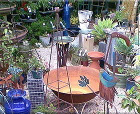 Leaf  Stone Garden Gallery - Accommodation Redcliffe