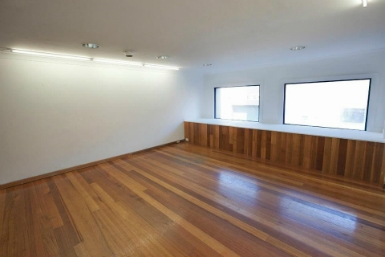 Raglan Street Gallery - Accommodation Redcliffe