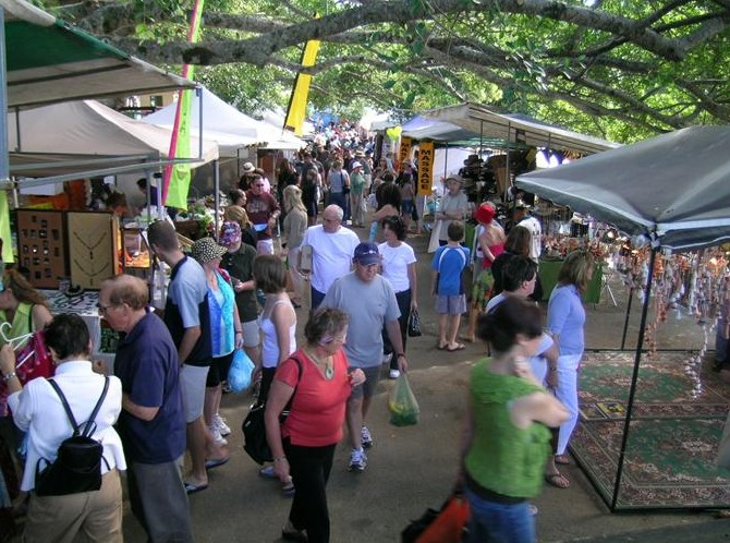 Eumundi Markets - Accommodation Redcliffe