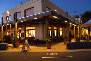 Amello - Accommodation Redcliffe