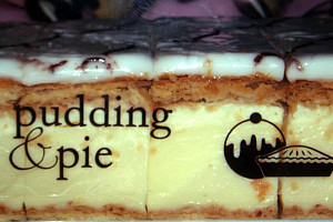 Pudding and Pie - Accommodation Redcliffe