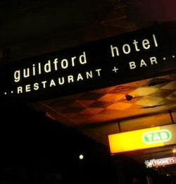 Guildford Hotel - Accommodation Redcliffe